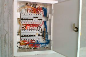 Как выбрать электрический щиток для автоматов?