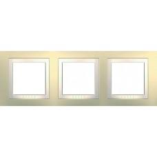 Рамка трехместная кремовая Unica Basic MGU2.006.559