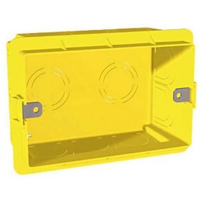Монтажна коробка для італійського дизайну трьохмодульна Unica MGU8.603