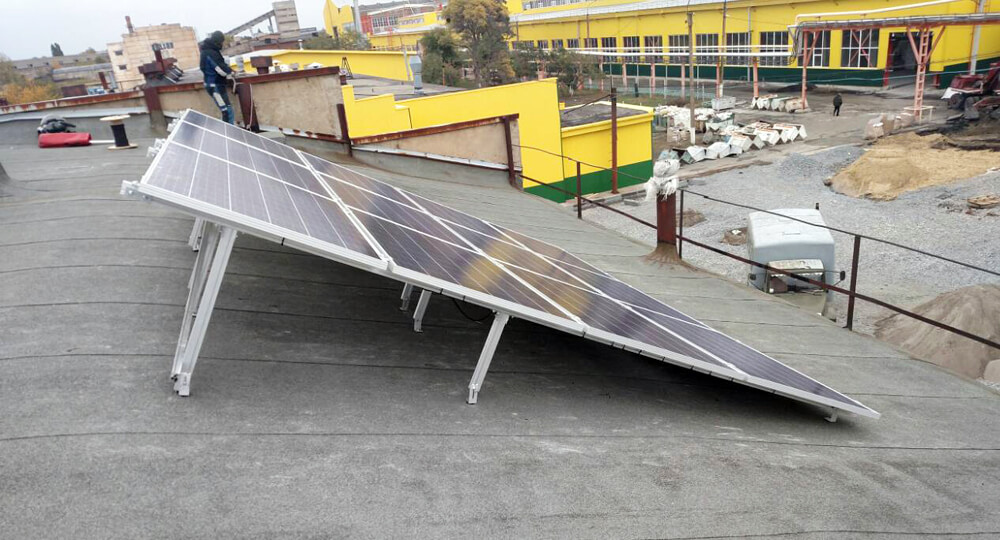 Солнечные панели 12 ед. С&T Solar 285W poly вид сбоку